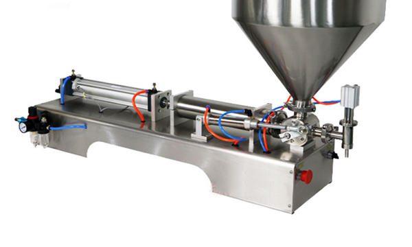 Poloautomatický plnící stroj na pístovou silnou omáčku